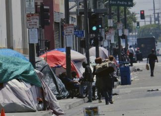 increased homeless population los angeles, homeless problem los angeles, homeles los angeles problem, upstick homeless los angeles
