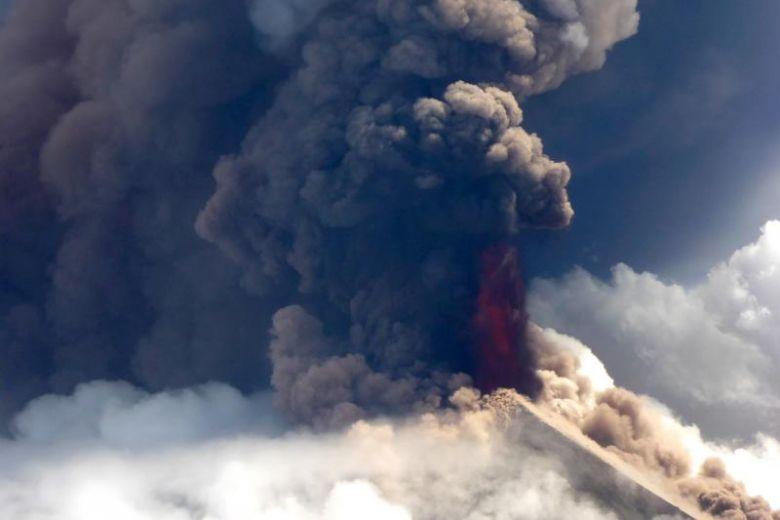 ulawun volcano eruption, ulawun volcano eruption video, ulawun volcano eruption pictures, ulawun volcano eruption june 2019