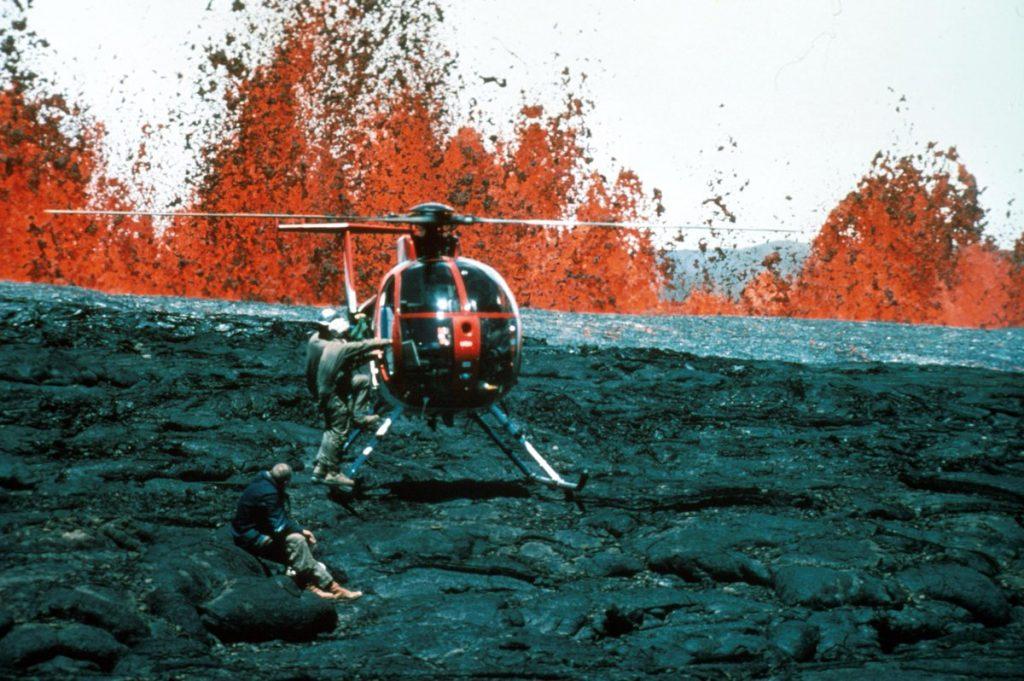 Mauna Loa alert level raised, mauna loa hawaii alert level raised, Mauna Loa eruption