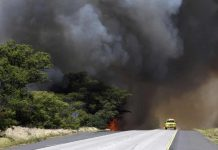 Hawaii wildfire forces thousands to evacuate Maui towns as it goes out of control, Hawaii wildfire forces thousands to evacuate Maui towns as it goes out of control video, Hawaii wildfire forces thousands to evacuate Maui towns as it goes out of control pictures, hawaii fire maui out of control