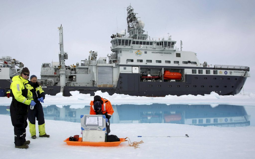 icebreaker blocked by thick ice in Arctic ocean, icebreaker blocked by thick ice in Arctic ocean norway, icebreaker blocked by thick ice in Arctic ocean july 2019, icebreaker blocked by thick ice in Arctic ocean photo