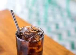 woman impaled metal straw is dead, metal straw danger, metal straw death, metal straw risks,