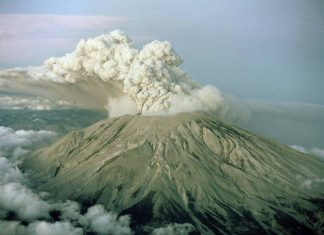 US volcanic threat, major volcanic threat usa, usa volcano eruption threat, most dangerous volcanoes usa