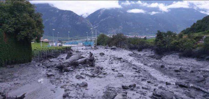 chamoson flash floods, chamoson flash floodin, flash floods swiss alps video, Major flash flooding kills two in Chamoson Valais, Major flash flooding kills two in Chamoson Valais video