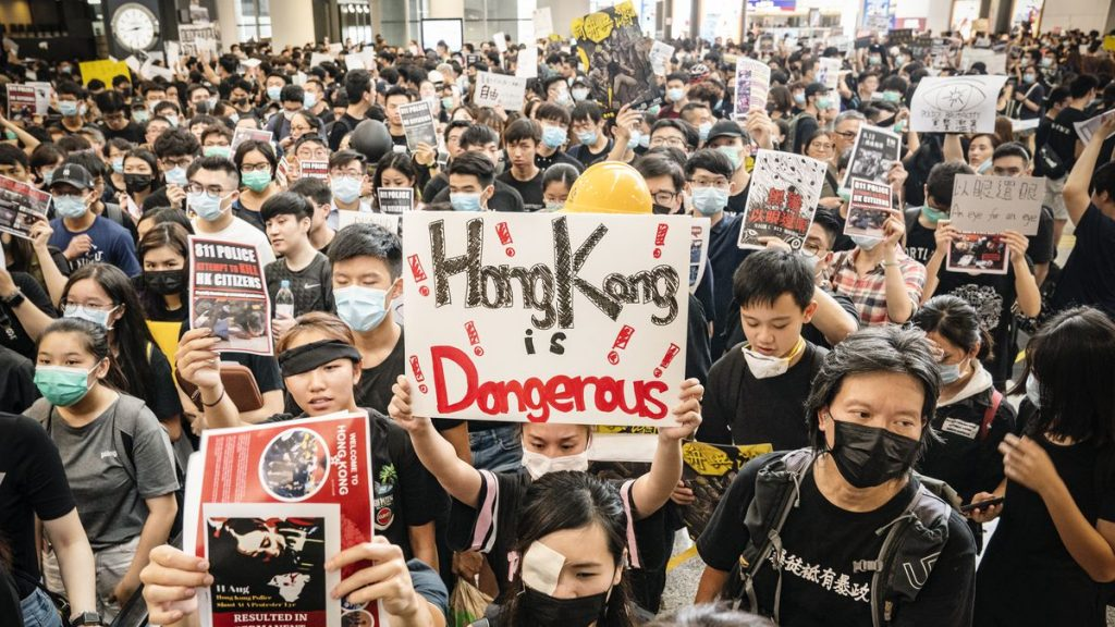 hongkong airport protest, all flights cancelled hongkong