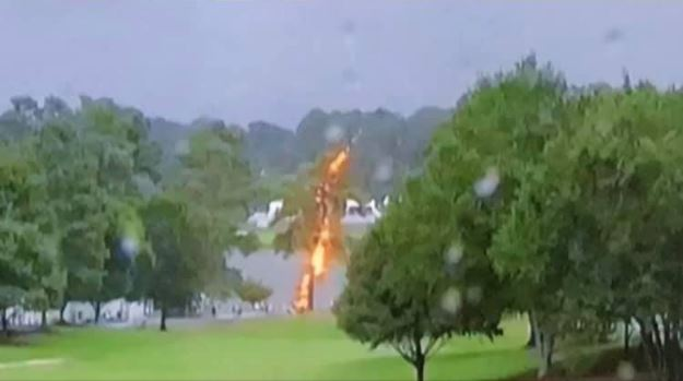 lightning golf atlanta, A lightning strike injured 6 fans during PGA TOUR Championship in Atlanta, lightning pga tout atlanta, lightning strike injures 6 paga atlanta august 24 2019