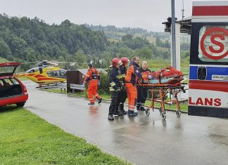 Lightning strike kills 5 and injures 150 in Poland, Lightning strike kills 5 and injures 150 in Poland video, Lightning strike kills 5 and injures 150 in Poland picture, Lightning strike kills 5 and injures 150 in Poland news, Lightning strike kills 5 and injures 150 in Poland update