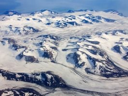 microplastics found in arctic snow, plastics found in arctic snow