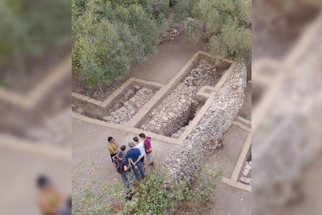 emmaus, emmaus city discovered, biblical emmaus, biblical emmaus jesus crucifixion appaerance city discovered