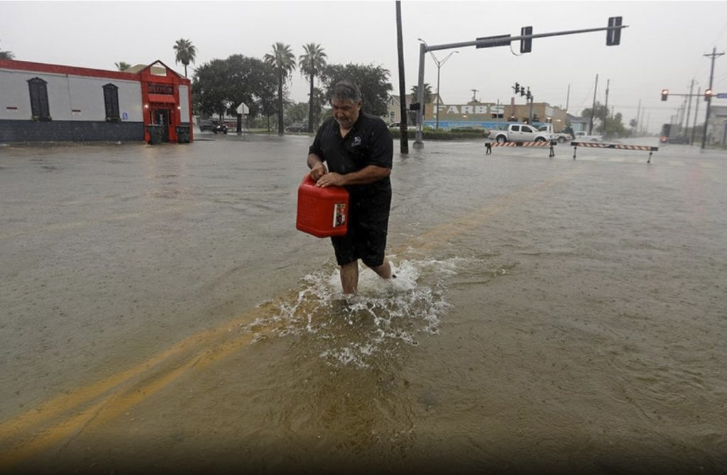 imelda texas flooding, imelda texas floodingpicture, imelda texas flooding video, imelda texas tornado
