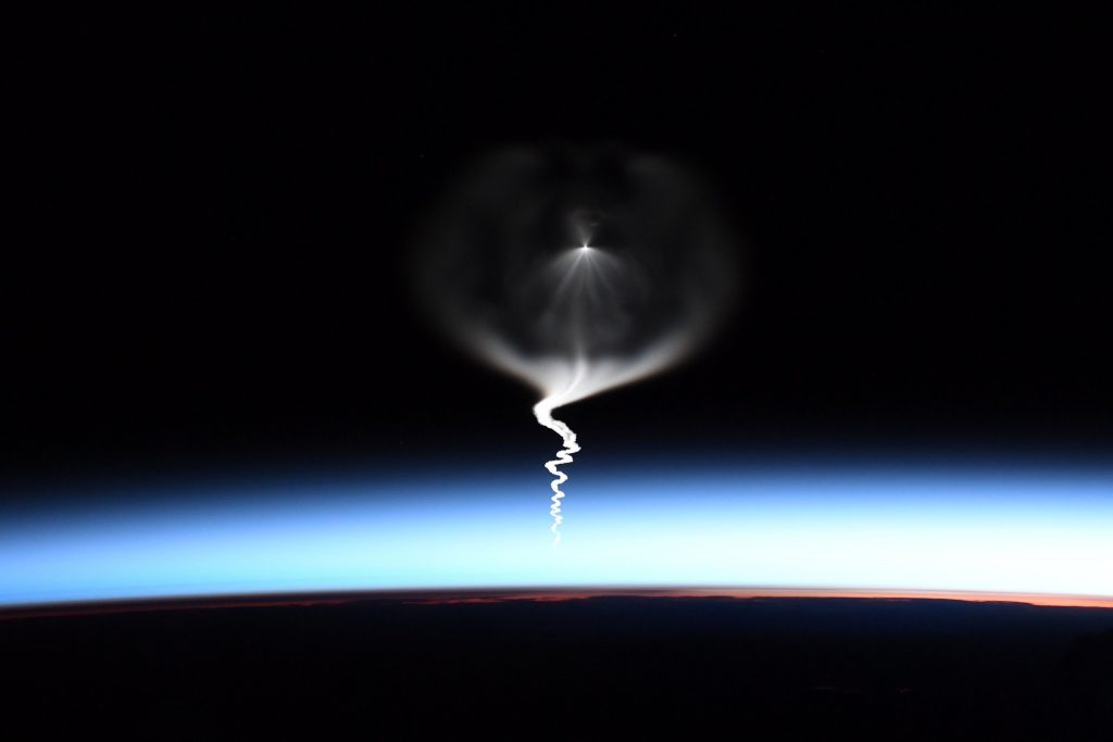 jellyfish soyuz rocket launch, strange sky phenomenon kazakhstan, alien phenomenon, soyuz rocket launch september 25 2019