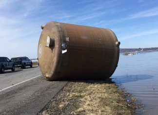 missouri river floods chemical container, chemical containers missouri river, chemical containers missouri river video, chemical containers missouri river pictures