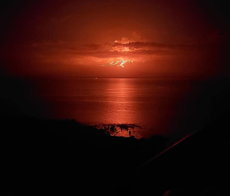 galapagos volcano eruption,galapagos volcano Major eruption of La Cumbre volcano in Galapagos on January 12 2020, eruption january 12 2020