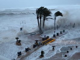 storm gloria, storm gloria spain video, storm gloria spain picture, storm gloria spain january 2020,Storm Gloria engulfs Spain, killing at lest 3, creating gigantic waves and flooding coastal cities on January 19-20, 2020