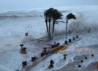 storm gloria, storm gloria spain video, storm gloria spain picture, storm gloria spain january 2020,Storm Gloria engulfs Spain, killing at lest 3, creating gigantic waves and flooding coastal cities on January 19-20, 2020