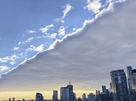 toronto rectangular cloud, toronto rectangular cloud picture, toronto rectangular cloud video, toronto rectangular cloud january 2020