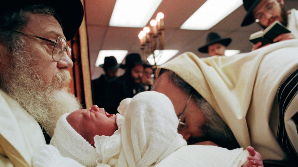 4 babies catch herpes in NYC after Jewish circumcision ritual, baby herpes nyc jewish circumcision ritual, baby herpes nyc jewish circumcision ritual video, baby herpes nyc jewish circumcision ritual pictures