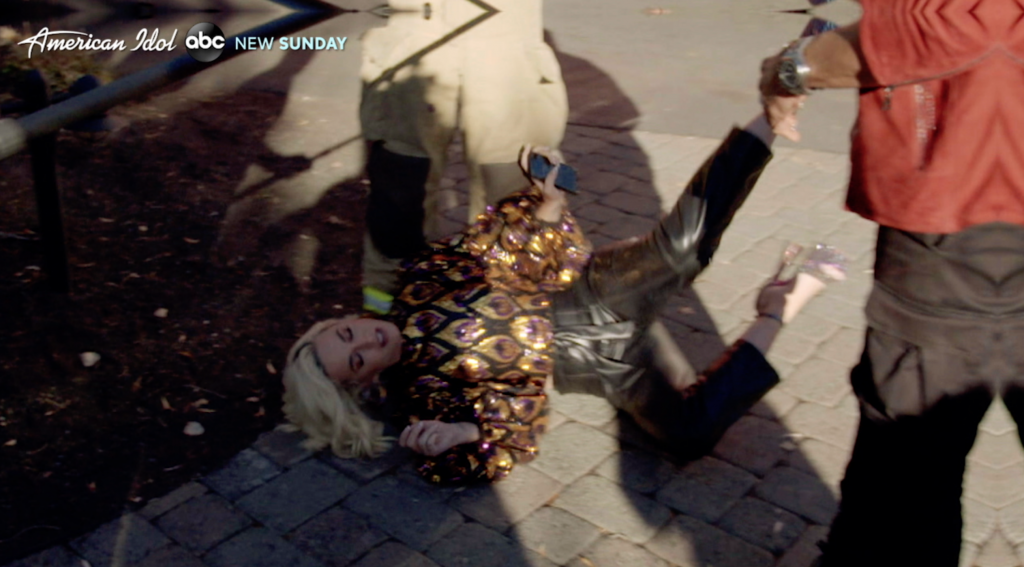 Katy Perry falls to ground after gas leak during American Idol audition on February 20 2020, Katy Perry falls to ground after gas leak during American Idol audition on February 20 2020 video, Katy Perry falls to ground after gas leak during American Idol audition on February 20 2020 pictures