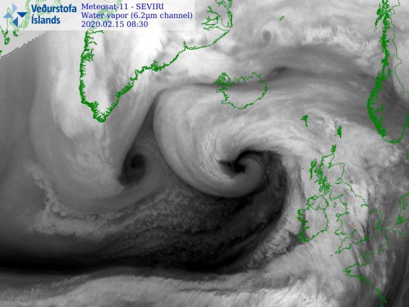 Storm Dennis, storm dennis bomb cyclone, storm dennis bomb cyclone video, storm dennis bomb cyclone picture