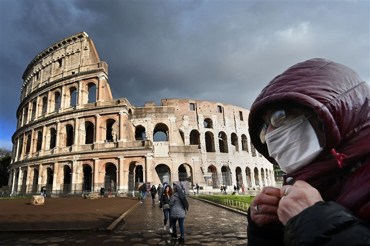 Italy reports record 368 new coronavirus deaths in one day