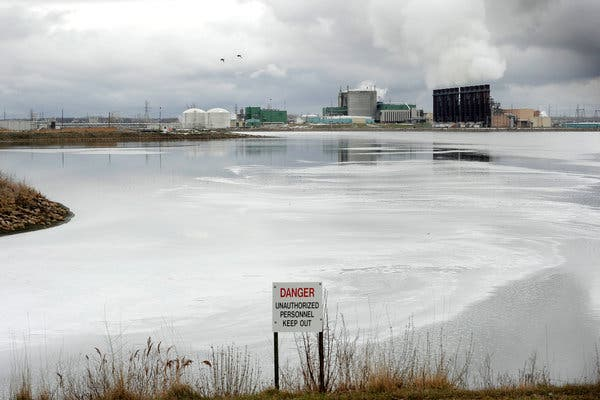 Dow chemical plant in Midland flooded may 2020, chemical plants michigan floods, two dams fail michigan, michigan flooding dam breaches, dam breaches michigan, michigan dam breach news