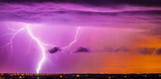 cosmic ray increases lightning