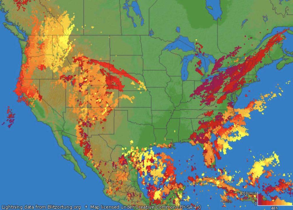 lots of lightnings west coast usa