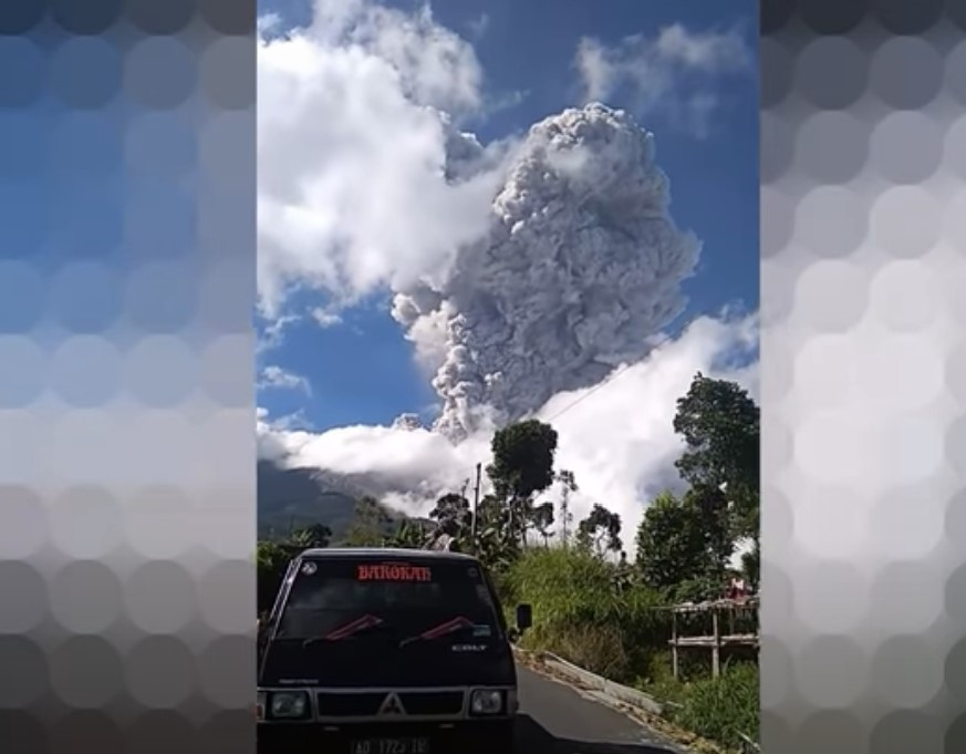 merapi volcano eruption june 21, merapi volcano eruption june 21 video, merapi volcano eruption june 21 pictures