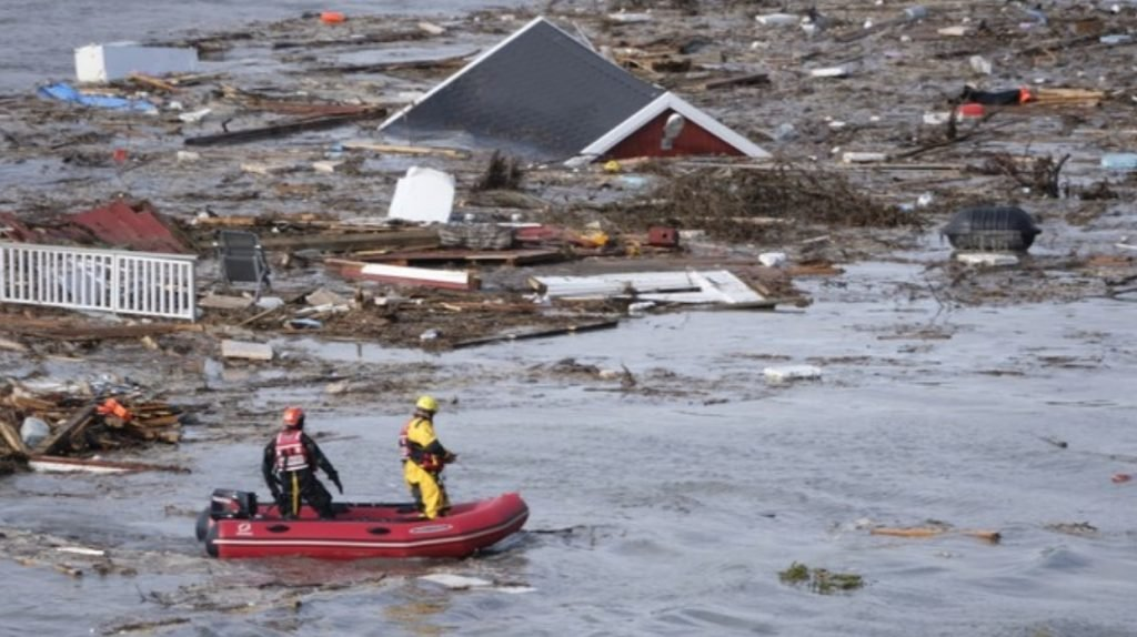 several houses dragged by giant landslide in Alta Norway, several houses dragged by giant landslide in Alta Norway video, several houses dragged by giant landslide in Alta Norway pictures