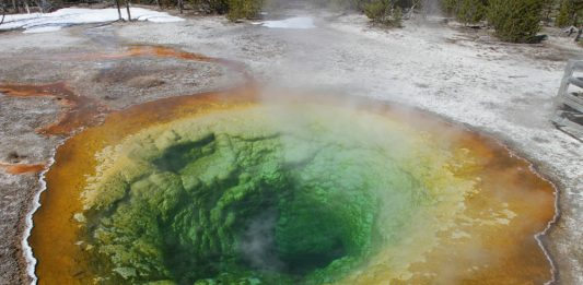 two new Yellowstone super-eruptions discovered by scientists indicate the Yellowstone hotspot is waning