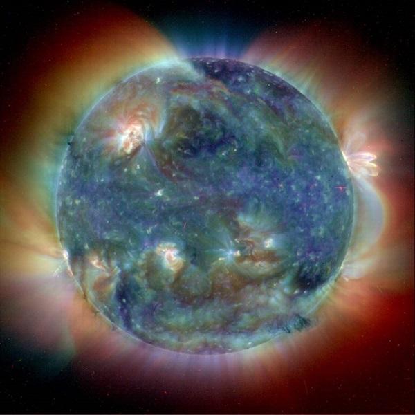 Solar Origin for Strong Earthquakes