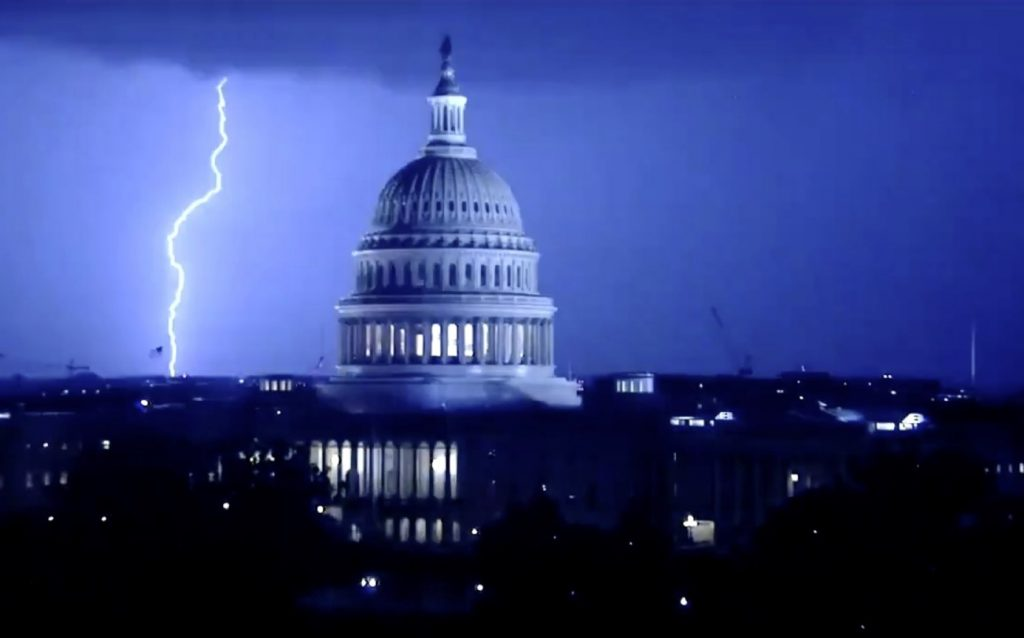 lightning apocalypse washington DC, lightning apocalypse washington DC video, lightning apocalypse washington DC pictures, lightning apocalypse washington DC july 2020