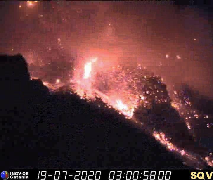 Major stromboli eruption on July 19 2020, stromboli eruption july 19 2020 video, stromboli eruption july 19 2020 pictures