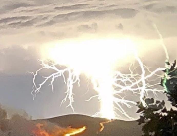 california fires 2020, california fires 2020 pictures, california fires 2020 videos