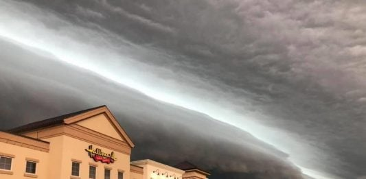 derecho august 10 2020, derecho august 10 2020 video, derecho august 10 2020 pictures