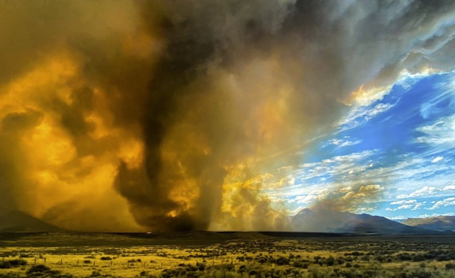 first tornado warning for firenado california wildfire, Firenado: National Weather Service issues America's first-ever warning for a fire tornado