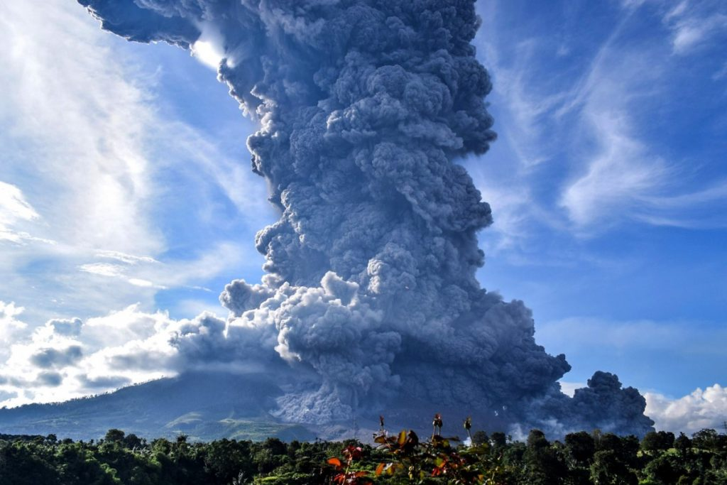 Mount Sinabung eruption on August 10 2020, Mount Sinabung eruption on August 10 2020 video, Mount Sinabung eruption on August 10 2020 pictures