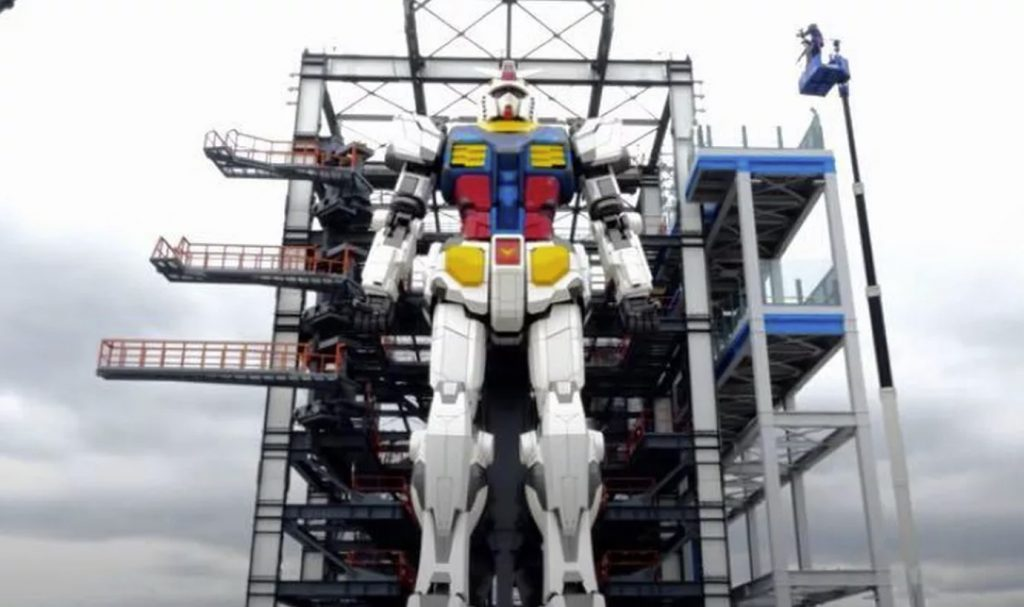 gundam robot, gundam robot moves, huge gundam robot moves in Japan