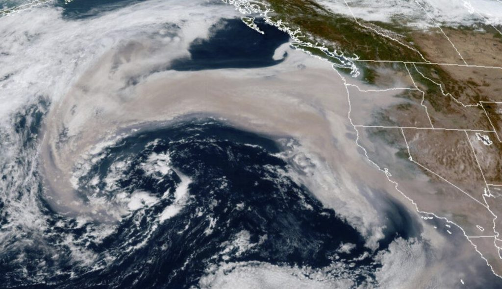 wildfire smoke in storm US west coast