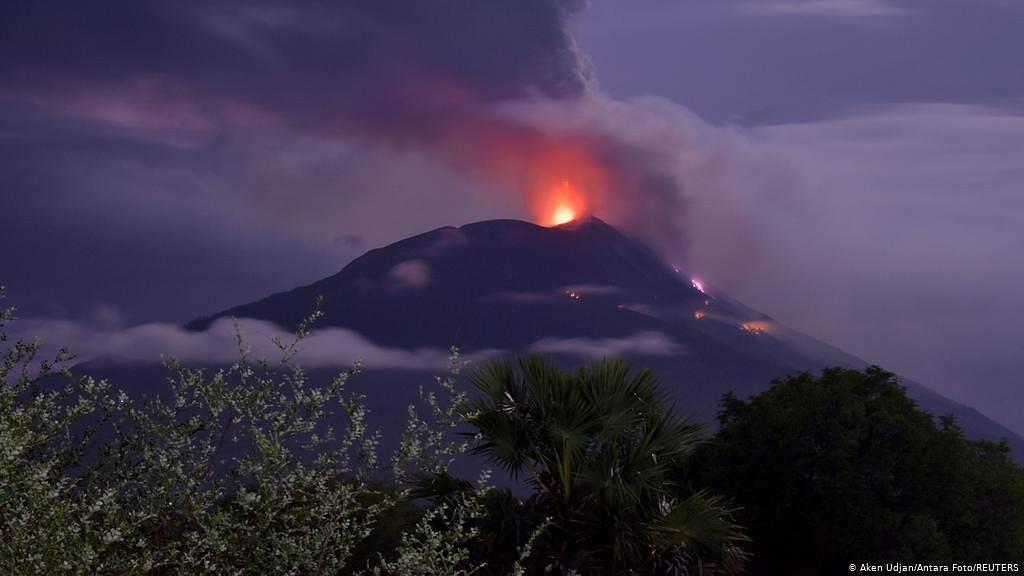 Semeru volcanic eruption, Semeru volcanic eruption in Indonesia on Dec. 1st, Semeru volcanic eruption in Indonesia on Dec. 1st video, Semeru volcanic eruption in Indonesia on Dec. 1st pictures