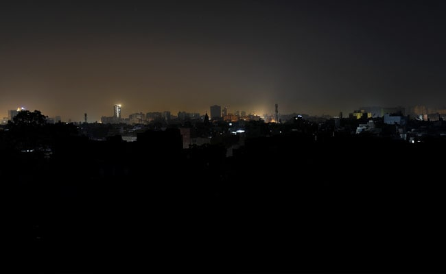 Major blackout in Pakistan and unprecedented grid collapse in Europe in January 2021