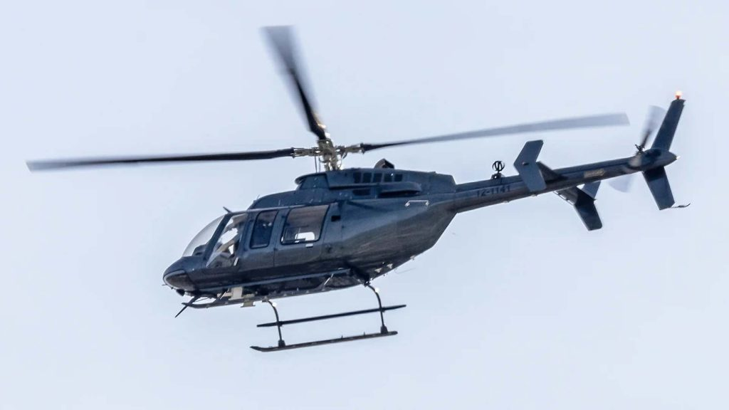 Mysterious dark helicopters fly over LA, why are 3 black helicopters mysteriously flying over Los angeles, dark helicopter los angeles, los angeles mysterious dark helicopters