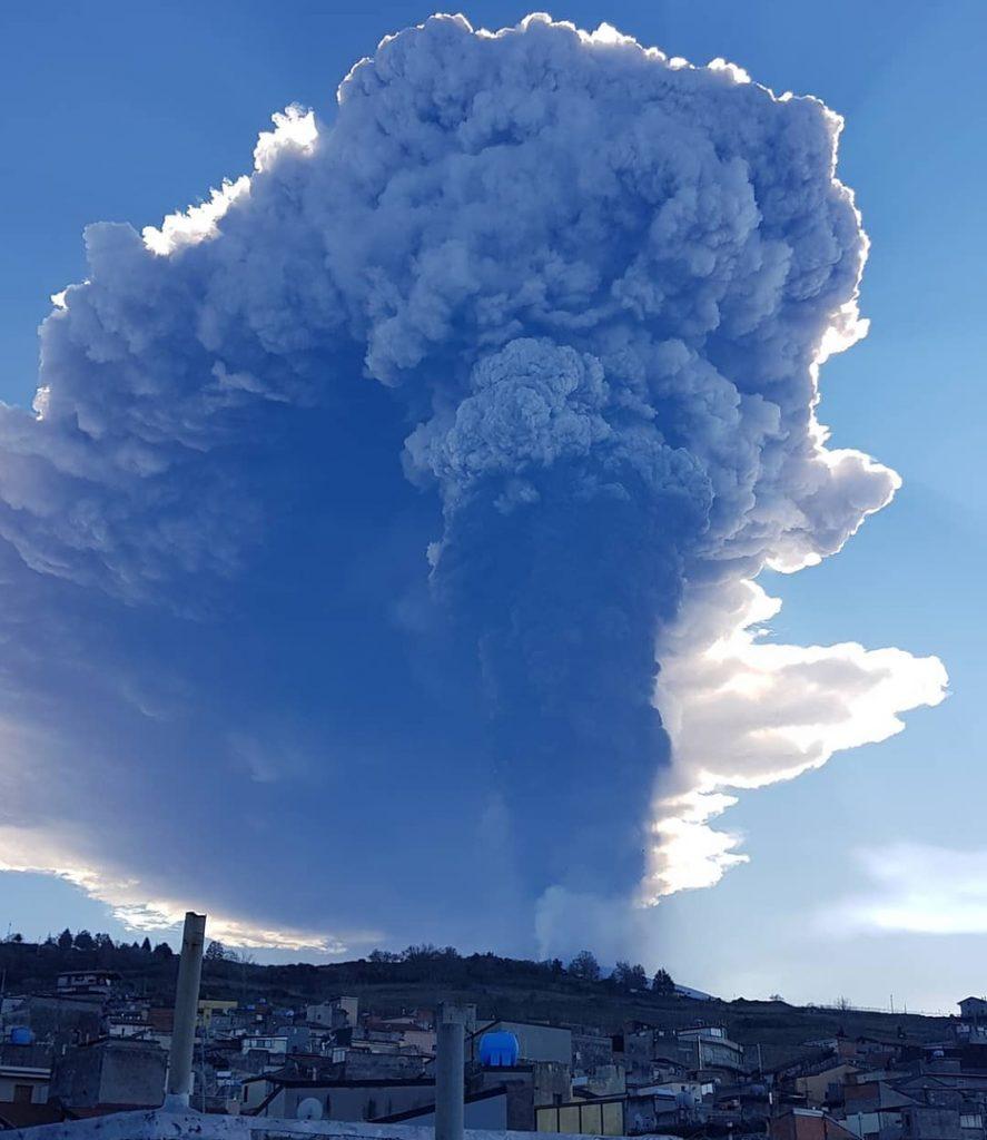 Etna eruption february 28 2021, Etna eruption february 28 2021 video, Etna eruption february 28 2021 picture