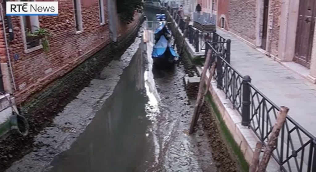 venice canals dry, venice canals dry video, venice canals dry pictures, venice canals dry 2021