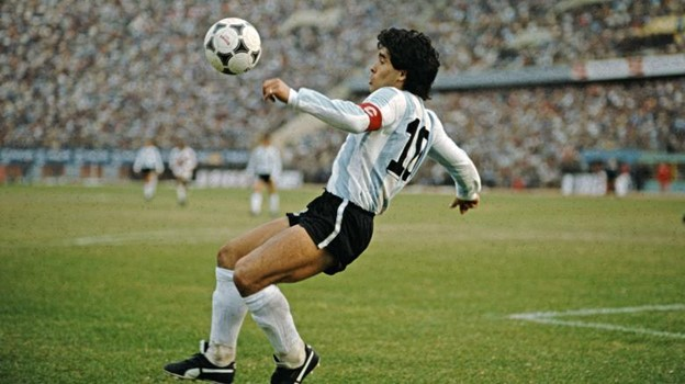 best footballer, best footballers, best footballers ever, best footballer maradona