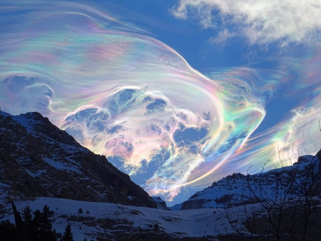 iridescent clouds pyrenees march 2021, iridescent clouds pyrenees march 2021 photo, iridescent clouds pyrenees march 2021 pictures