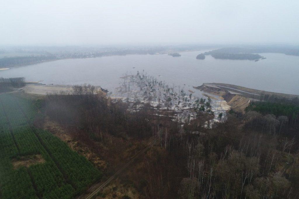 Knappensee landslide tsunami, Knappensee landslide tsunami video, Knappensee landslide tsunami march 2021