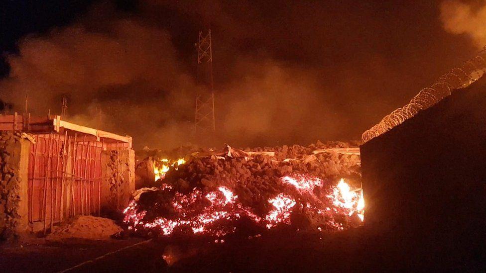 Mount Nyiragongo: DR Congo residents flee as volcano erupts, Mount Nyiragongo: DR Congo residents flee as volcano erupts video, Mount Nyiragongo: DR Congo residents flee as volcano erupts map, Mount Nyiragongo: DR Congo reside photo, Mount Nyiragongo: DR Congo residents flee as volcano erupts news