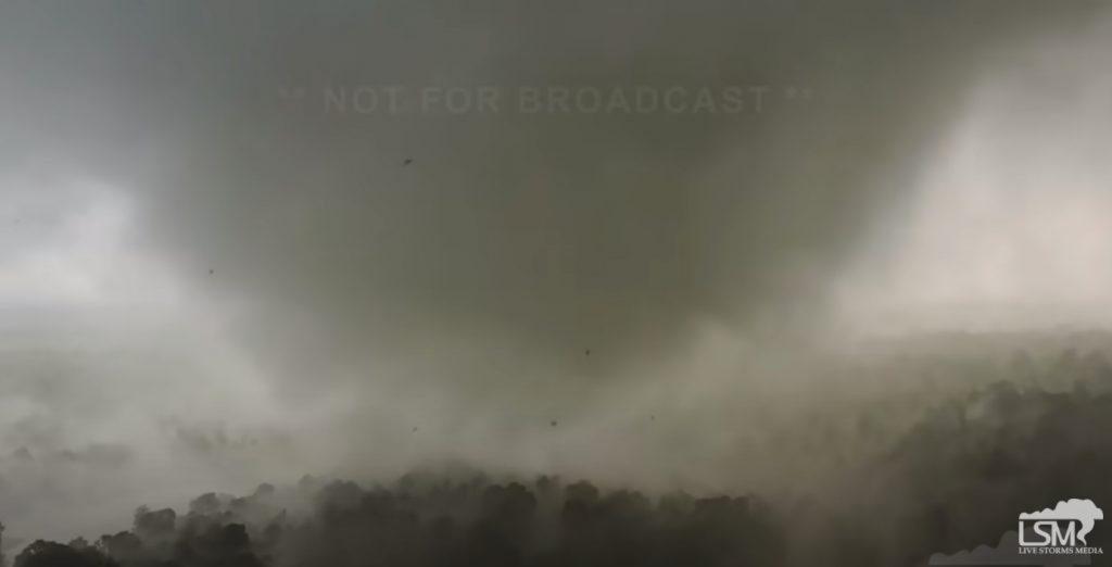 Apocalyptic tornado outbreak across southern US on May 2-3 2021, Apocalyptic tornado outbreak across southern US on May 2-3 2021 video, Apocalyptic tornado outbreak across southern US on May 2-3 2021 picture, extreme weather: Apocalyptic tornado outbreak across southern US on May 2-3 2021