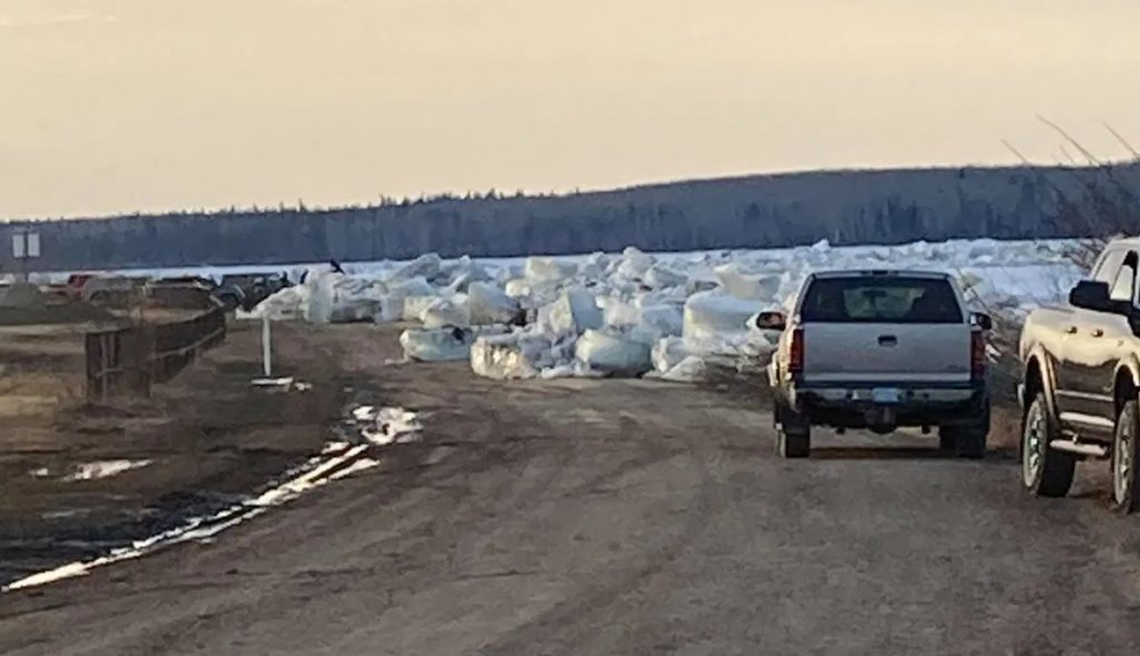 Fort Simpson orders island evacuation, declares state of emergency